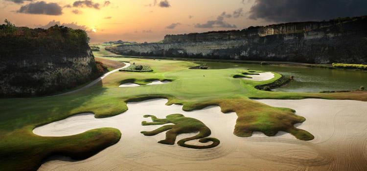 Best Par 3 Holes in the World - Green Monkey Golf Course